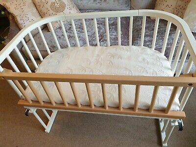 £60 • Buy BabyBay Maxi Co-Sleeping Bedside Cot+mattress + Rail-Used Very Good Condition