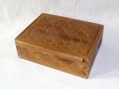 £3 • Buy Vintage Wooden Box, Hand Carved Decoration, Geometric Pattern