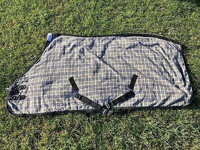 """£15 • Buy Blue Check Lined Sheet Horse Rug  6'9"""""""
