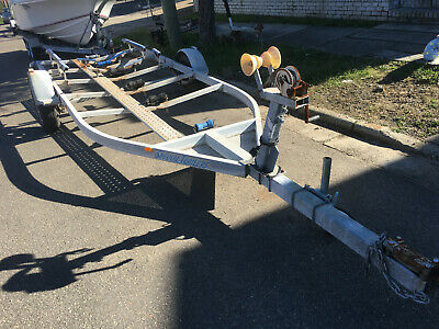 AU600 • Buy Boat Trailer 6.0M Special Trailers Single Axle,14  Wheels,Winch,Needs Tidy Up
