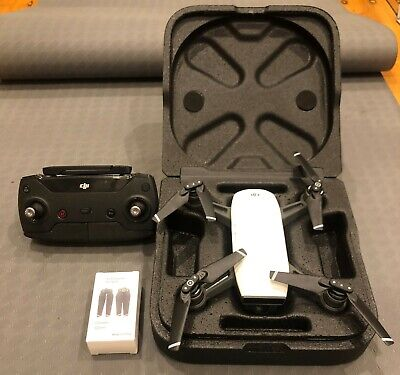 AU340 • Buy DJI Spark Mini Drone - Alpine White + Controller,Spare Blades,Charger And Case