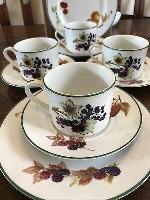 £4.40 • Buy Royal Worcester Porcelain Evesham Vale 4 Cups And Saucers And 2 Side Plates