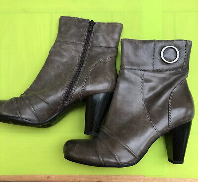 £7.50 • Buy Janet D Dustressed Grey Leather Ankle Boots Heels Size 6/39