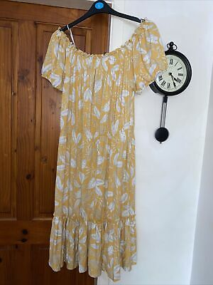 £9 • Buy Bnwt Size 18 Peacocks Off The Shoulder Tiered Dress Floral Short Sleeve Midi