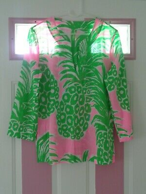 $45 • Buy Lilly Pulitzer Pineapple Top Pink And Green EUC MEDIUM
