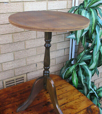 AU5 • Buy Classic Vintage Roundpedestal Display Table.  Solid.  Top Condition