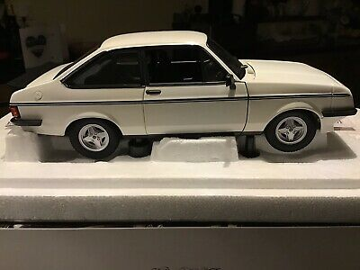£580 • Buy Rare 1:18 Ford Escort Rs2000 Mk2 White Minichamps Limited Edition.