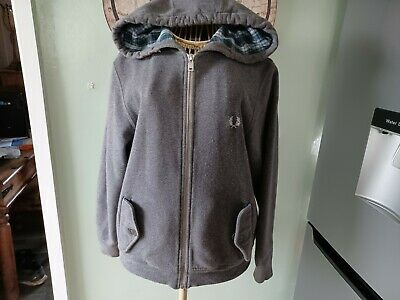 £5 • Buy Fred Perry Youths Full Zip Hoody Size Small Youth