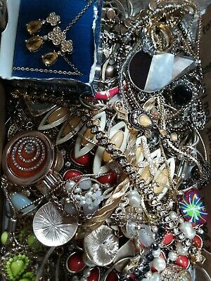 $ CDN23.92 • Buy #6 Vintage To Now Estate Find Jewelry Lot Junk Drawer Lb Untested Wear