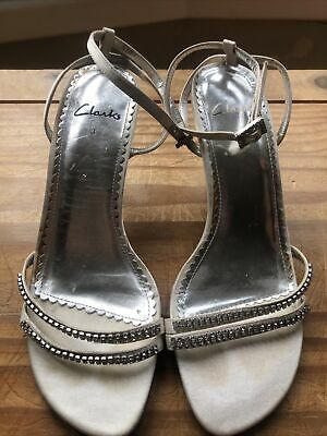 £0.99 • Buy Clarks Wedding/Party Shoes Size 3