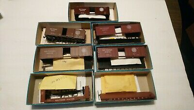$ CDN13.22 • Buy Athearn HO Train Lot Of 7 Southern Ry Rolling Stock Freight Cars 7 Kits 1 Built