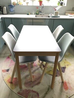 £175 • Buy Stylish Modern Dining Table & 4 Chairs