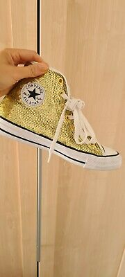 £10 • Buy Gold Sequin Chuck Taylor All Star Converse Size 4