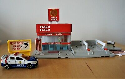 £6.50 • Buy Tomy Tomica Hypercity Pizza Takeaway Shop + Two Parking Spaces + Car + Signs
