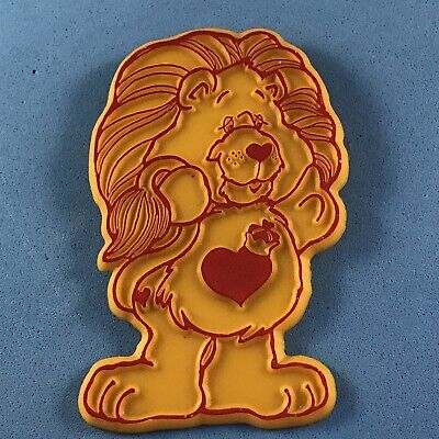 £4.75 • Buy Care Bears Character Brave Heart Lion Plastic Pin Badge (see Pics) 1986