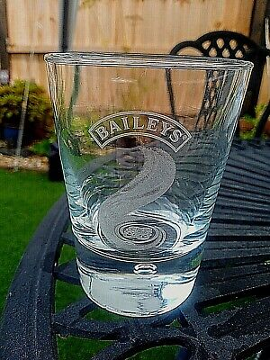 £4.99 • Buy Bailey's Irish Cream Etched Swirl Design Drinking Glass With Bubble VGC