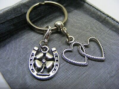 £3.95 • Buy Double Heart & Lucky Clover Horseshoe Charm Keyring With Gift Bag (NC)