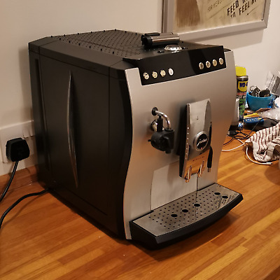 £600 • Buy JURA IMPRESSA Z5 / X5 Coffee Machine - Bean To Cup - Cappuccino - Barely Used