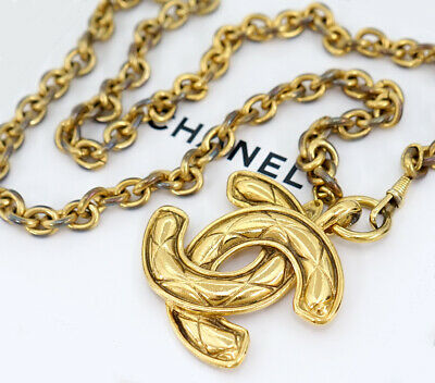 £716.52 • Buy CHANEL Huge CC Logo Quilted Pendant Necklace 28  Gold Tone Auth W/BOX USED V171