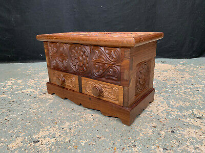 £80 • Buy EB1911 Small Tanzanian Carved African Rosewood Hobby Trinket Chest Secret Drawer