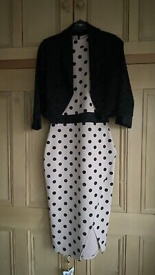 £20 • Buy Bodycon Dress And Jacket Both Size 10 From Quiz