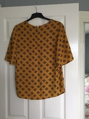 £1.99 • Buy Mustard And Black Top Size 10-12