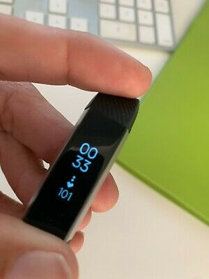 AU5 • Buy Fitbit ALTA Activity Black Tracker - Needs New Band (working - See Description)
