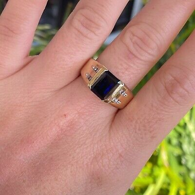 AU699 • Buy 10ct Yellow Gold Sapphire & Diamond Mens Ring By Michael Hill - RRP: $2000+
