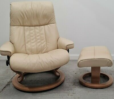 £695 • Buy Ekornes Stressless Swivel Recliner Cream Leather Chair And Stool 110212