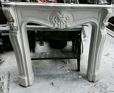 £380 • Buy The Medium Louis Fire Surround In Plaster - Buckinghamshire Collection