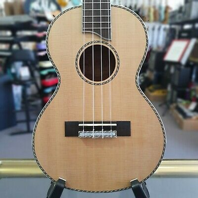 AU169 • Buy Mahalo MP3 Pearl Series Solid Top Tenor Ukulele With Carry Bag