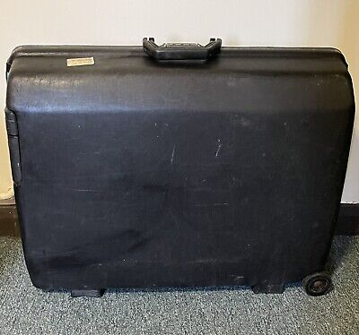 £1.99 • Buy Samsonite Hard Shell Meduim Luggage Black. Used. Collection Only.