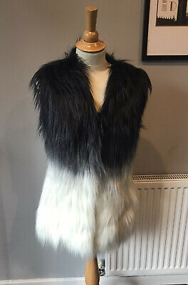 """£30 • Buy Guess Fully Lined Fur Gilet,hook & Eye Fastening,size Xs Uk 10 Bust 38""""us 4 New"""