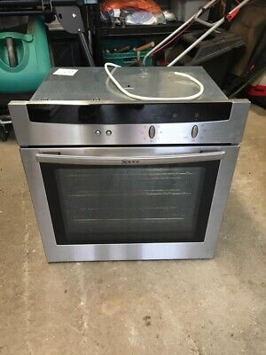 £25 • Buy NEFF HBB-AP32-7Single Oven For Spares Only