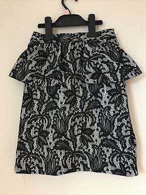 £2 • Buy Black And White Floral Lace Peplum Skirt Size 6 From Topshop