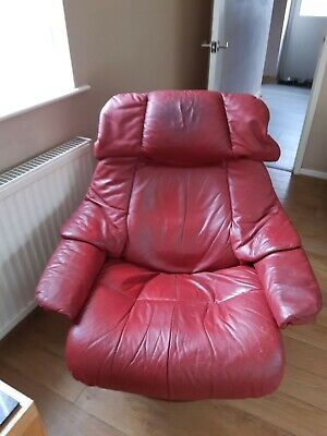 £90 • Buy Burgundy Leather Stressless Chair And Stool