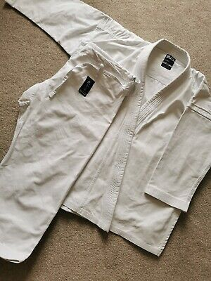 £45 • Buy BLITZ WHITE DIAMOND KARATE SUIT GI ADULTS - 180cm - Used Only A Handle Of Times
