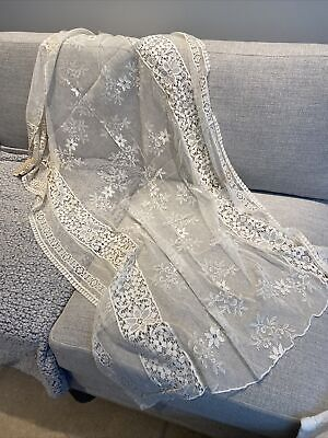 """£10 • Buy Vintage French Tablecloth Lace Panels Embroidery 52"""" X 33"""""""