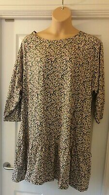 AU20.23 • Buy ASOS Curve Mini Smock Dress With Tiered Hem In Ditsy Print Size 22 NWOT Sold Out