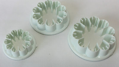 £2.50 • Buy Carnation Cutters, Set Of 3 Cutters Makes Carnation Flowers, Cake Decorating