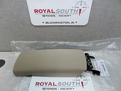 $177.80 • Buy Toyota Prius 04-05 Ivory Cloth Center Console Armrest Lid Genuine OEM OE