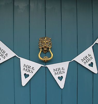 Mr And & Mrs White Wedding Bunting Scalloped Heart Card Bunting Banner Garland • 3.90£