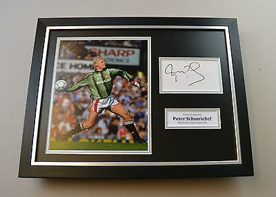 Peter Schmeichel Signed Photo Framed 16x12 Manchester United Autograph Display  • 95£