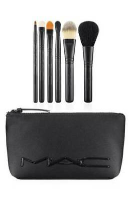 MAC Cosmetics Look In A Box Basic Brush Set New Unboxed With Bag • 33.99$