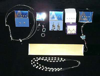 $ CDN21.99 • Buy Avon ~ Lot Of Jewelry~ Earrings / Necklaces / Toe Rings / Gift Set / Toe Anklet