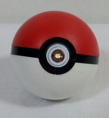 POKEMON RED / WHITE POKE-BALL KEY-CHAIN W/ LIGHT AND SOUND • 3.58£
