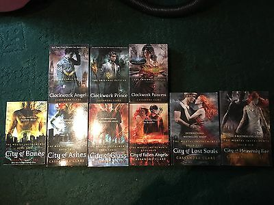 Cassandra Clare The Mortal Instruments/The Infernal Devices Book Series • 37£
