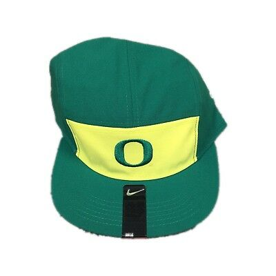 online store 3f9ef 1998c NWT New Oregon Ducks Nike New Day AW84 Adjustable Hat Cap • 19.51