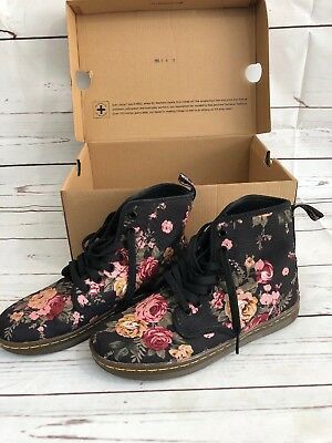 Dr. Martens Victorian Flowers Boots Size 5 • 49.99$