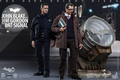 $ CDN1256.12 • Buy Figure Hot Toys The Dark Knight Rises John Blake Jim Gordon W/Bat-Signal JP